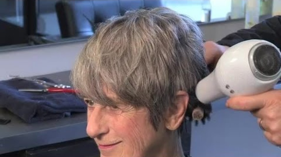 Haircuts for Women in Their 40s, 50s and 60s