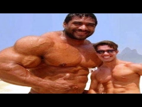10 Biggest Body Builders You Won't Believe Are Real