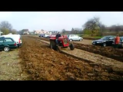 A Farmer Was Sick Of People Parking On His Land So He Set UP The Perfect Revenge