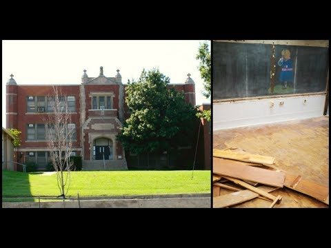 It Was Just A Normal School, Then They Find 100-Year-Old Chalkboards Inside The Walls