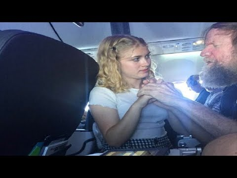 Blind Deaf Man Struggles On Plane When 15-Yr-Old Walks Over For Sight Passengers Can't Ignore